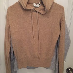Women's VV sweaters
